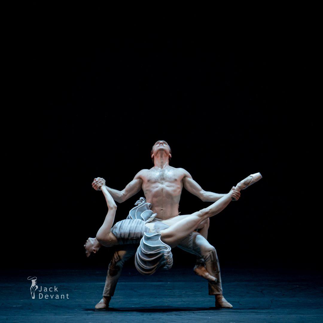 Jack-Devant-Ana-Turazashvili-and-Mikhail-Lobukhin-in-Come-un-Respiro-105-1080x1080